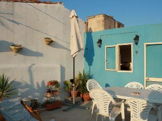 Bright 2 bedroom Scicli House with Deck - Scicli vacation rentals