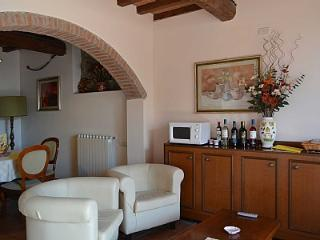 2 bedroom House with Deck in Molino del Piano - Molino del Piano vacation rentals
