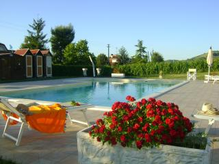5 bedroom House with Internet Access in Montalto delle Marche - Montalto delle Marche vacation rentals