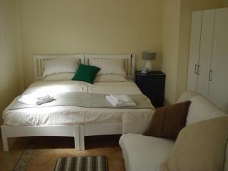 Casa Dos Sonhos Apricot Studio - Moncarapacho vacation rentals