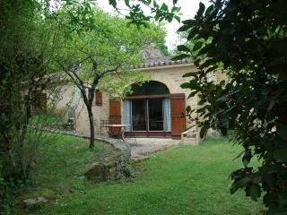 2 bedroom Gite with Internet Access in Fumel - Fumel vacation rentals