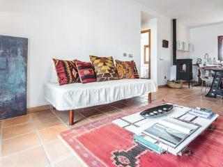 Nice Finca with Internet Access and A/C - Province of Lleida vacation rentals