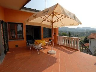 Lovely House with Deck and A/C - Montecatini Terme vacation rentals