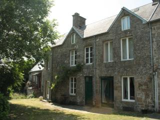 Comfortable 4 bedroom House in Saint-Michel-de-Montjoie with Internet Access - Saint-Michel-de-Montjoie vacation rentals