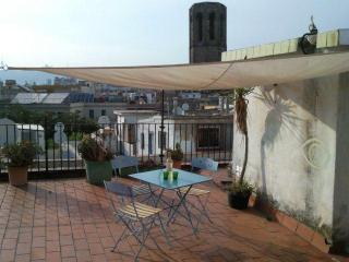 You Clean Rambla Refuge 2 of 2 (google it) - Barcelona vacation rentals
