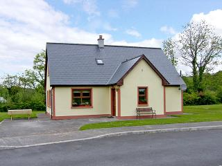Nice 3 bedroom Cottage in Knockvicar - Knockvicar vacation rentals