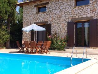 Convenient Villa in Lefkas with A/C, sleeps 7 - Lefkas vacation rentals