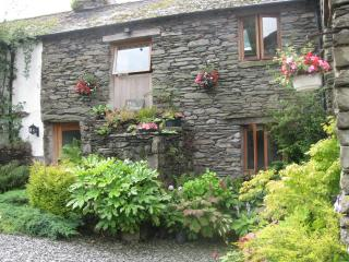 Lovely Cottage with Internet Access and Satellite Or Cable TV - Glenridding vacation rentals