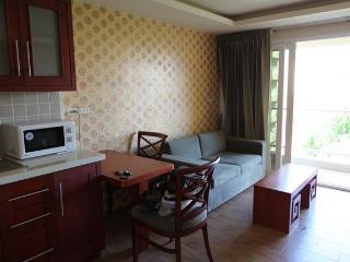 Condo for rent Central Pattaya,Garden City Condo,50 sq.m,center of town. - Bang Lamung vacation rentals