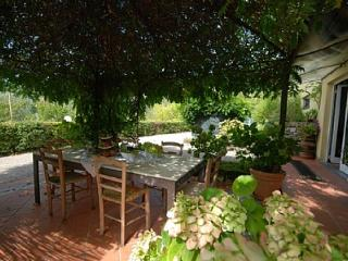 Nice House with Deck and Internet Access - Bolano vacation rentals