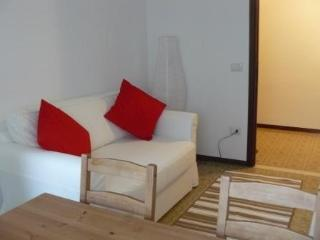 Cozy 1 bedroom Salsomaggiore Terme Condo with Internet Access - Salsomaggiore Terme vacation rentals