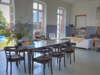 Lovely 4 bedroom Vacation Rental in Arnac-Pompadour - Arnac-Pompadour vacation rentals