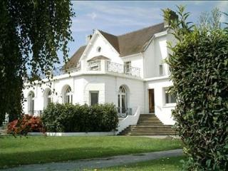 The West Wing - garden views and lots of space - Berck-sur-Mer vacation rentals
