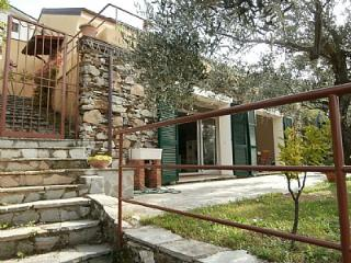 2 bedroom House with Internet Access in Chiavari - Chiavari vacation rentals