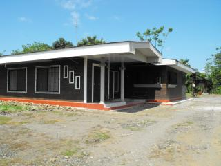 Nice Cottage with Internet Access and Balcony - Guapiles vacation rentals