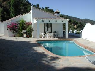 2 bedroom Villa with Internet Access in Casares - Casares vacation rentals