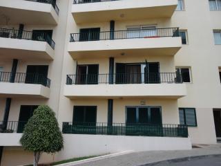 APARTMENT T1 - CENTRO MAR - Sao Martinho vacation rentals