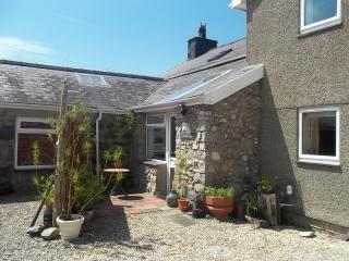 Converted Barn Dairy nr Beaches, Snowdonia & Park - Llandwrog vacation rentals