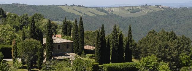 4 bedroom Villa in Montalcino, Siena Area, Tuscany, Italy : ref 2230366 - Image 1 - Montalcino - rentals