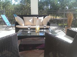 Apartman Lia - Cove Makarac (Milna) vacation rentals