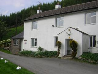 Nice 3 bedroom Farmhouse Barn in Kendal - Kendal vacation rentals