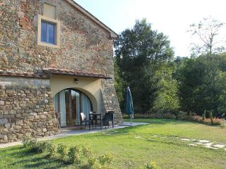 Azzurro apartment - Dimore di Poggianto - Pergine Valdarno vacation rentals
