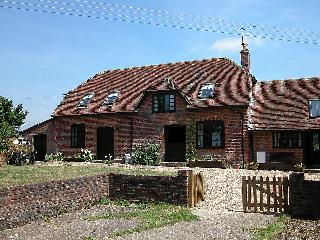 5 bedroom Cottage with Television in West Tytherley - West Tytherley vacation rentals