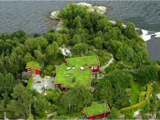 Bright Condo with Internet Access and Hair Dryer - Bergen vacation rentals