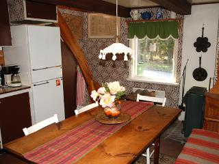 3 bedroom House with Internet Access in Vaxtorp - Vaxtorp vacation rentals