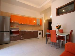 Live Naples - Home Holiday - Naples vacation rentals