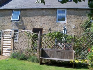 Nice Converted chapel with Internet Access and Dishwasher - Stamford vacation rentals