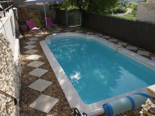 3 bedroom Villa with Internet Access in Joucas - Joucas vacation rentals