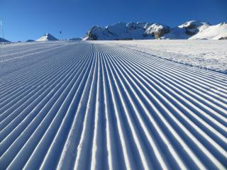 Ariondaz - sleeps 4-6, ski-in/ski-out, WiFi - Courchevel vacation rentals