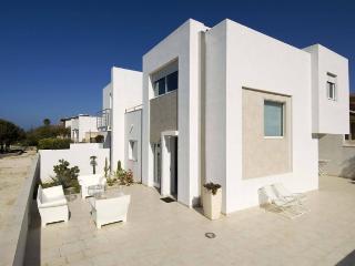 Villa in Marina Di Modica, Sicily, Italy - Marina Di Modica vacation rentals