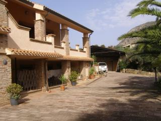 Beautiful 2 bedroom Condo in Gonnesa - Gonnesa vacation rentals