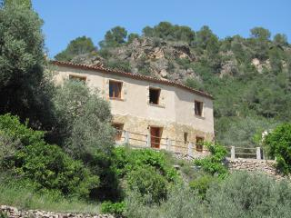 Cottage with stunning views! - Tortosa vacation rentals