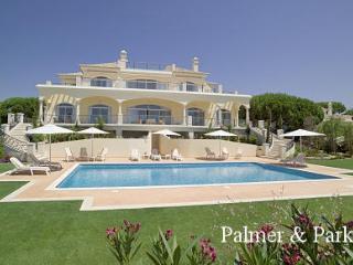 Bright 6 bedroom Villa in Quinta do Lago - Quinta do Lago vacation rentals