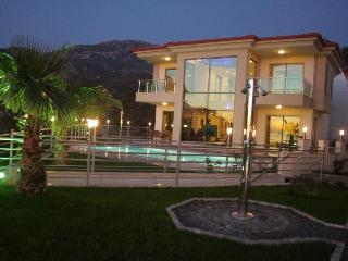 Villa Riveria Nr.1 in Türkei - Mahmutlar vacation rentals