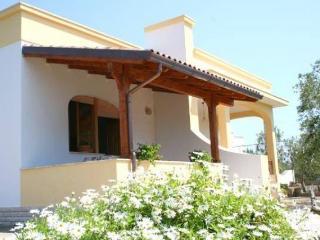Villa Mele divisa in 4 bilocali, Colazione inclusa - Ugento vacation rentals