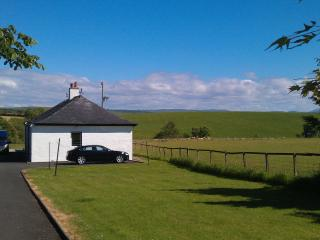 2 bedroom Cottage with Internet Access in Ayrshire & Arran - Ayrshire & Arran vacation rentals