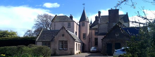 2 bedroom Cottage with Internet Access in Alyth - Alyth vacation rentals