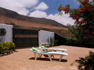 1 bedroom Apartment with Internet Access in Famara - Famara vacation rentals