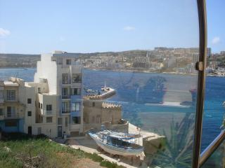3 bedroom Apartment with Internet Access in Xemxija - Xemxija vacation rentals