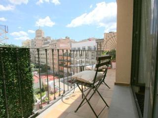2 br apartment Plaza Catalunya - Barcelona vacation rentals
