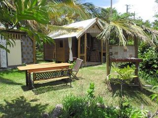 1 bedroom Bungalow with Internet Access in Saint-Gilles-Les-Bains - Saint-Gilles-Les-Bains vacation rentals