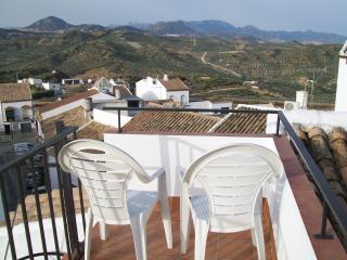Nice 3 bedroom House in Olvera - Olvera vacation rentals