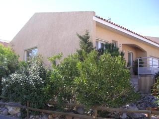 Charming Villa with Internet Access and Satellite Or Cable TV - Fitou vacation rentals
