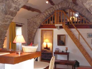 Cozy 2 bedroom House in Saint-Affrique with Internet Access - Saint-Affrique vacation rentals