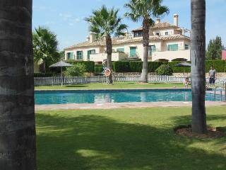 Lovely Chalet with Internet Access and Television - Sotogrande vacation rentals