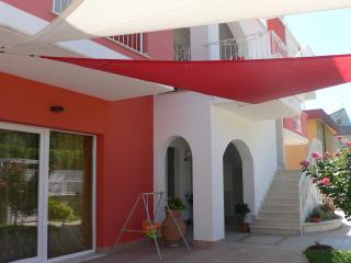 2 bedroom Apartment with Internet Access in Francavilla Al Mare - Francavilla Al Mare vacation rentals